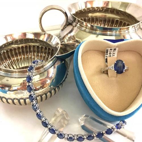 anello e bracciale con zaffiri