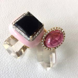 anello in oro con brillantini